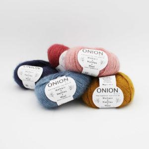 5 pelotes de Mohair + Nettles + Wool d'Onion dans des coloris assortis